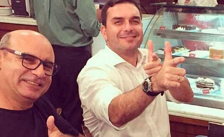 Queiroz que pagava contas de Flávio Bolsonaro-horz.jpg